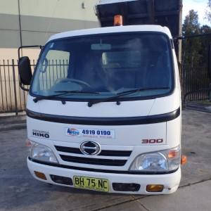 Hino 3000 Truck